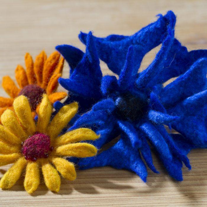 Kornblumen und Calendula